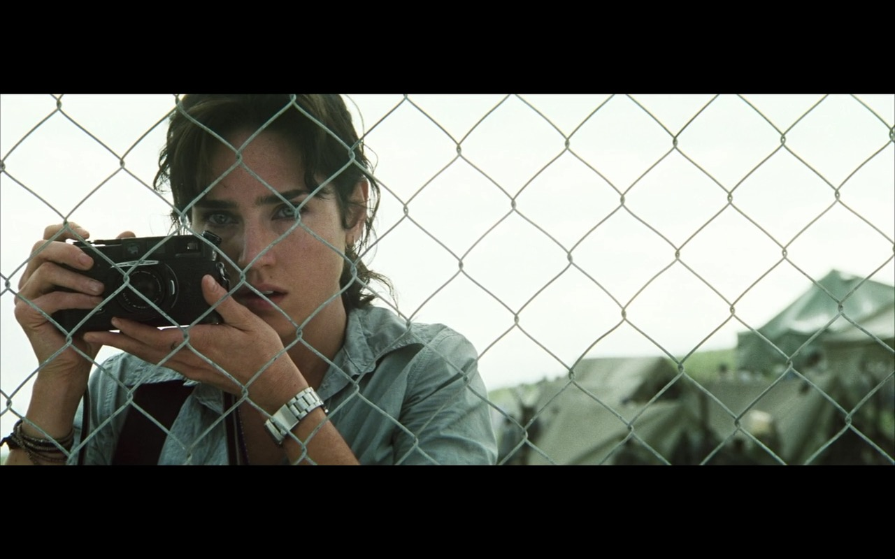 Leica Photo Camera - Blood Diamond (2006) Movie Product Placement