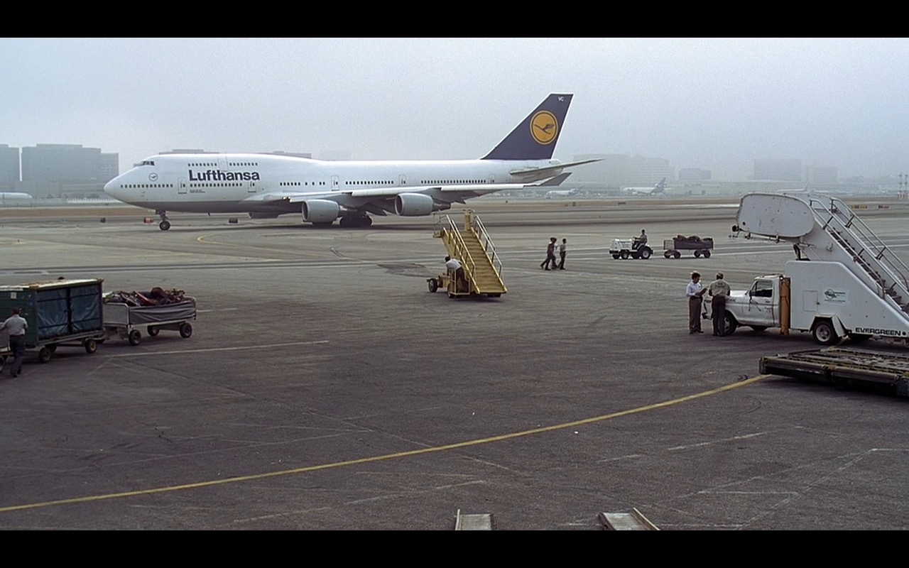 Lufthansa - Liar Liar (1997) Movie Product Placement
