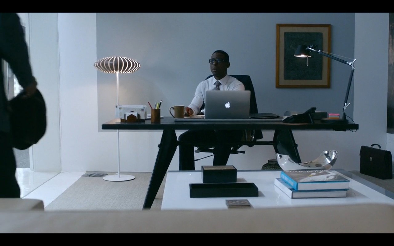 MacBook - This Is Us TV Show Product Placement