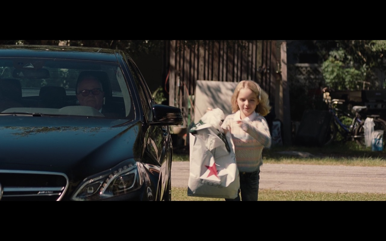 Macy's Paper Bag – Gifted (2017) Movie Product Placement