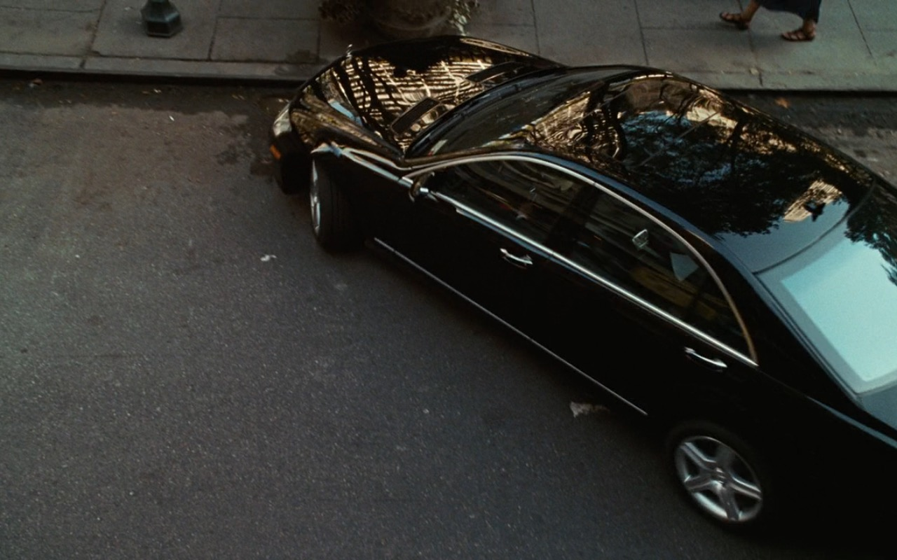 Mercedes-Benz S550 car - Sex and the City (2008) Movie Product Placement
