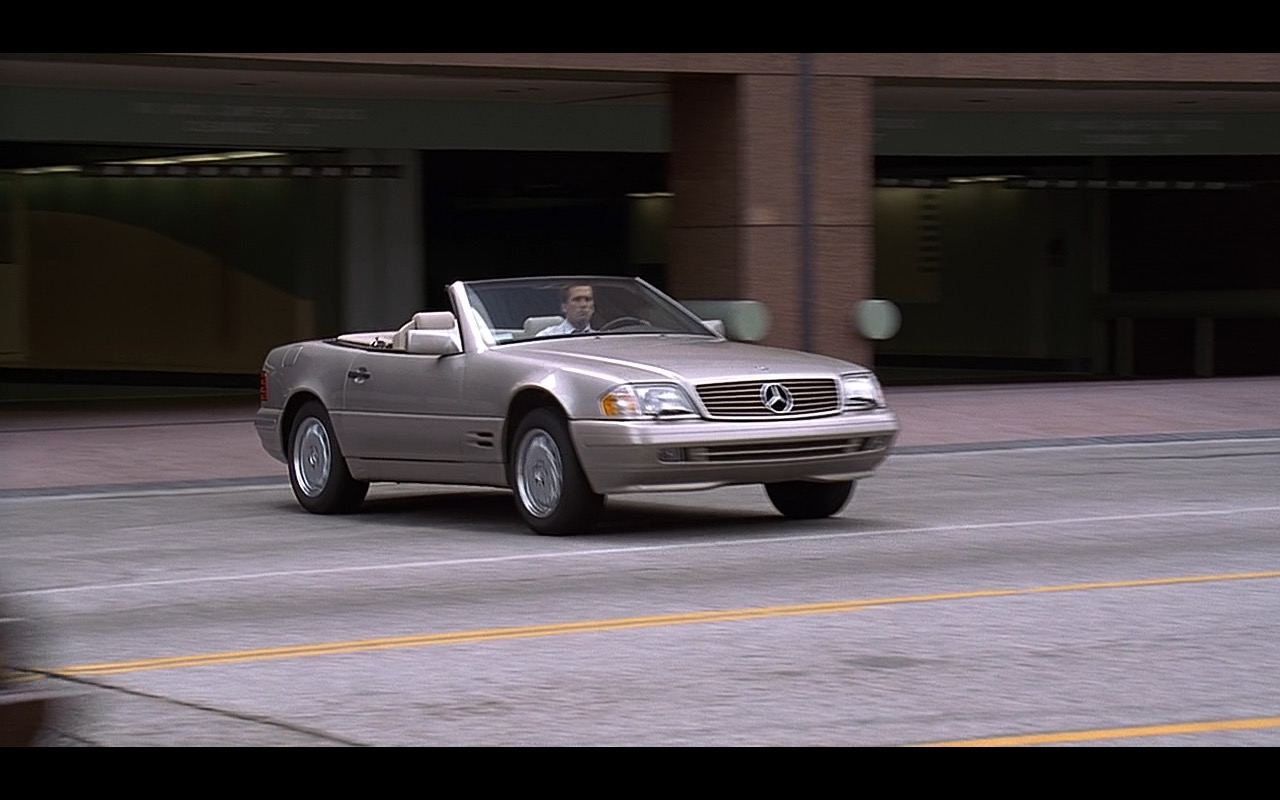Mercedes-Benz SL500 - Liar Liar (1997) Movie Product Placement