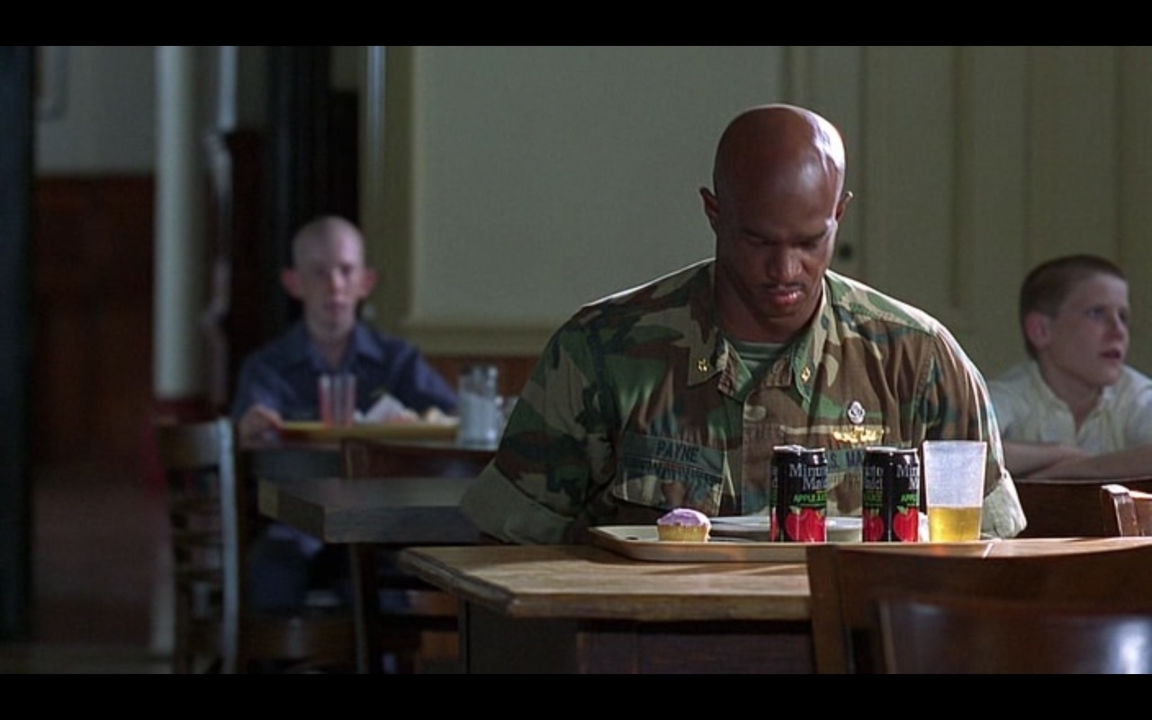 Minute Maid Apple Juice - Major Payne (1995) Movie Product Placement