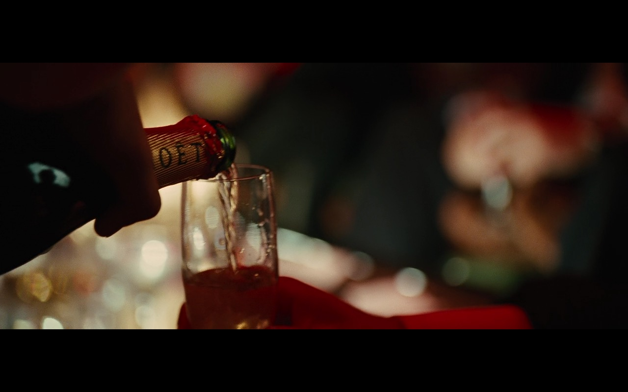 Moët & Chandon Champagne - Wall Street: Money Never Sleeps (2010) Movie Product Placement