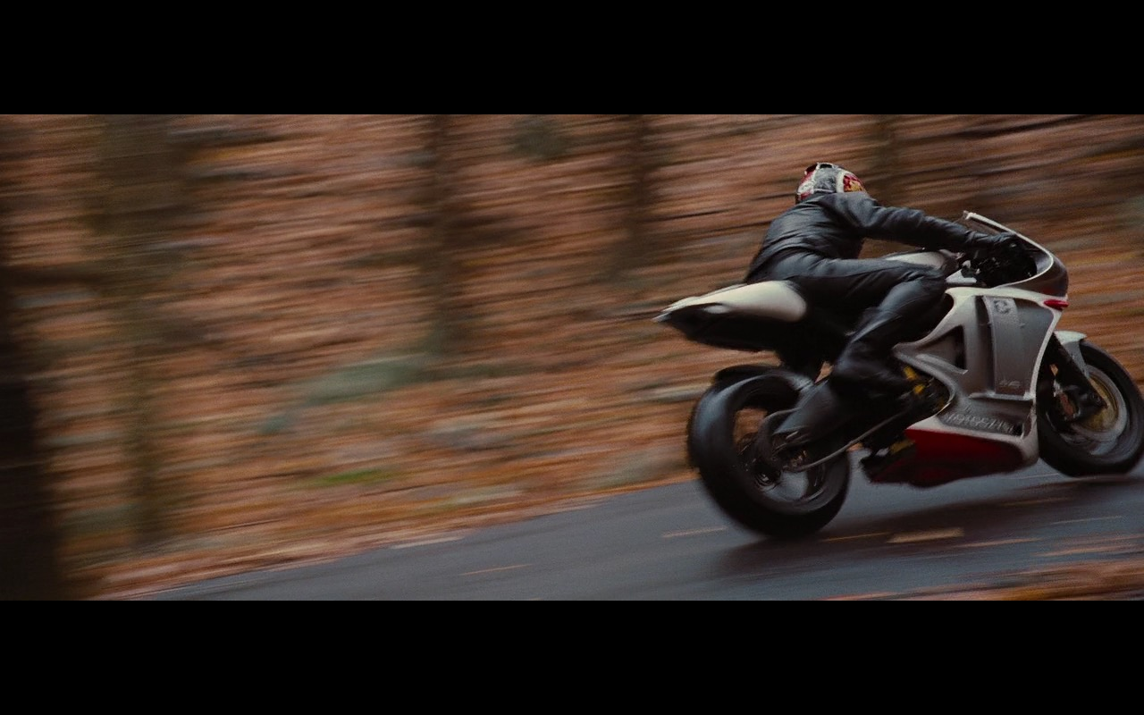 MotoCzysz C1 990, Dainese Moto Gear And Arai Helmet – Wall Street: Money Never Sleeps (2010) - Movie Product Placement