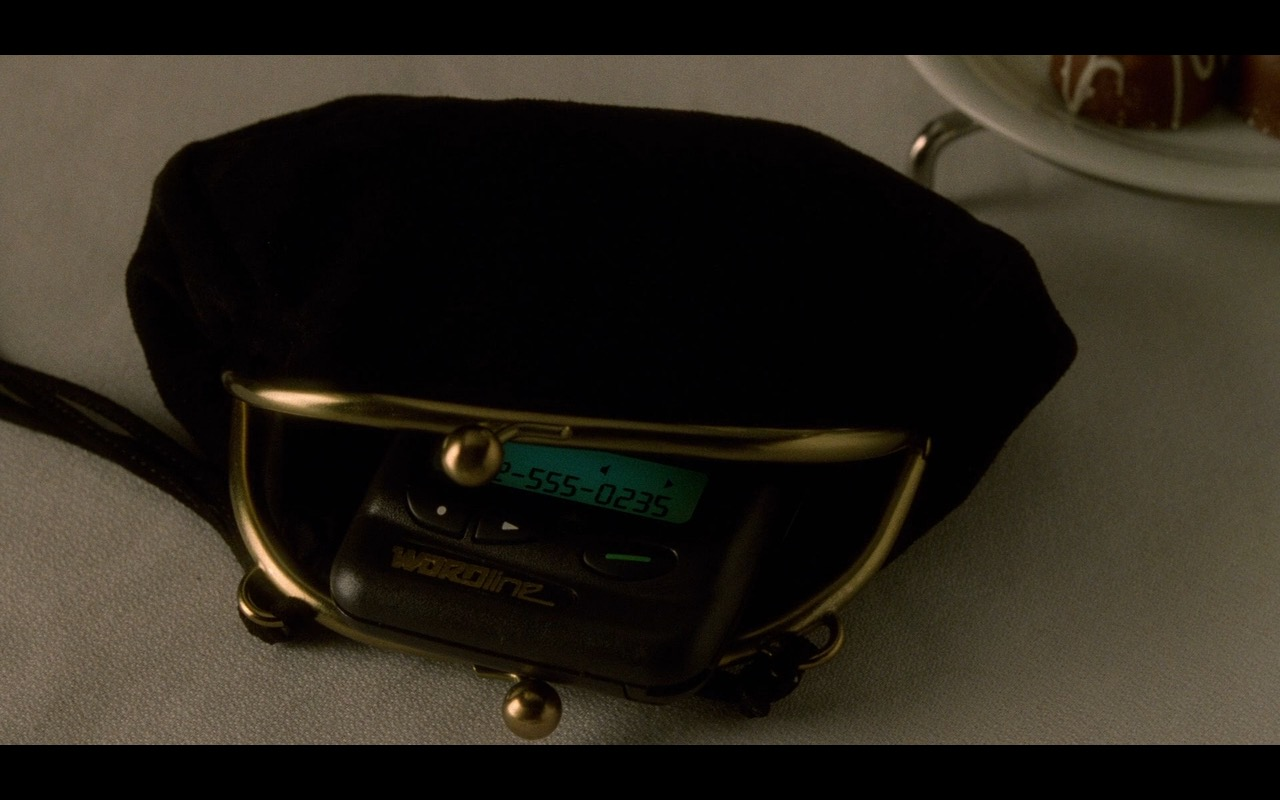 Motorola Pagers – The Terminal (2004) Movie Product Placement