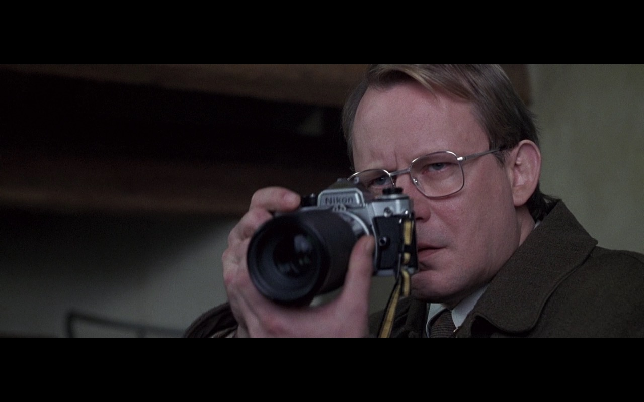 Nikon Photo Camera – Ronin (1998) Movie Product Placement