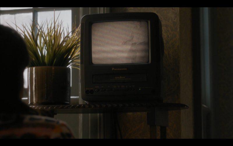 Panasonic TV – Sneaky Pete (1)