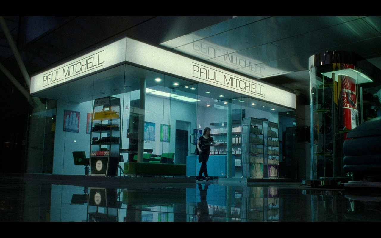 Paul Mitchell  – The Terminal (2004) Movie Product Placement