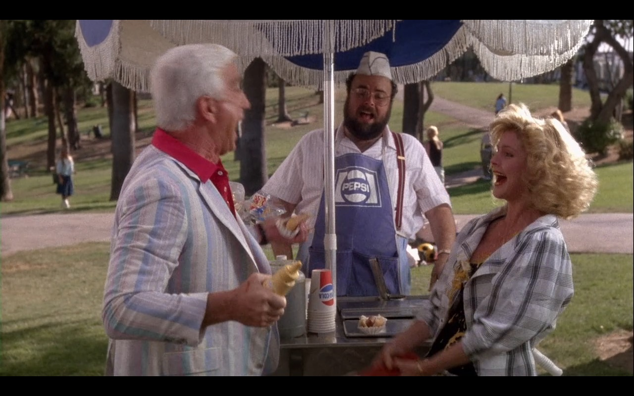 Pepsi - The Naked Gun: From the Files of Police Squad! (1988) Movie Product Placement
