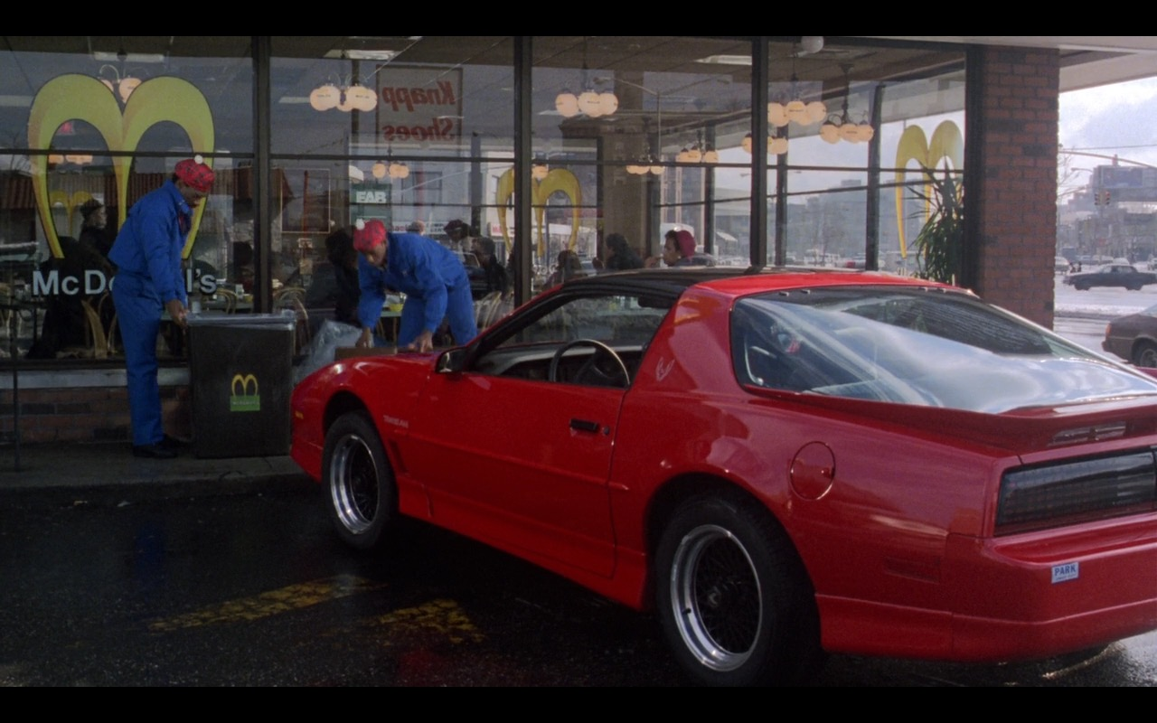 Red Pontiac Firebird Trans Am – Coming to America (1988) Movie Product Placement