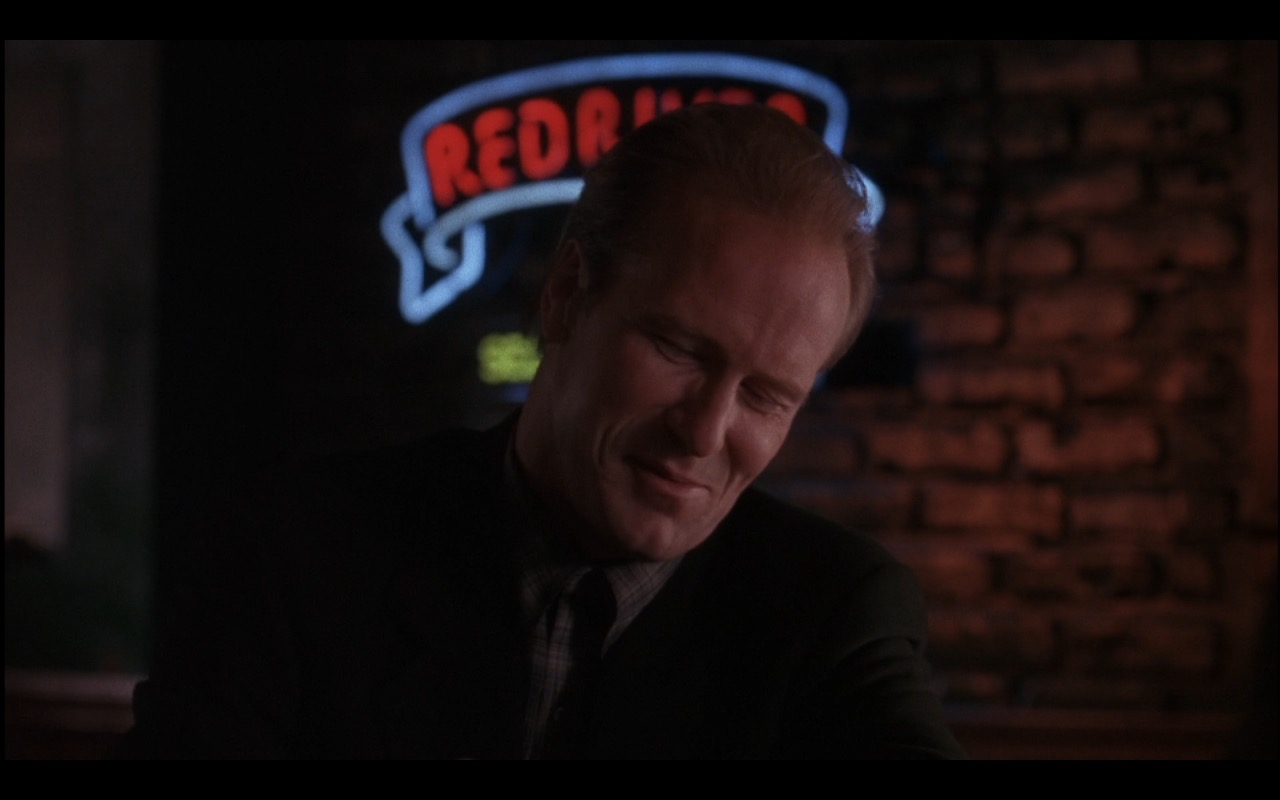 Red River Brewing Neon Sign – Michael (1996) Movie Product Placement