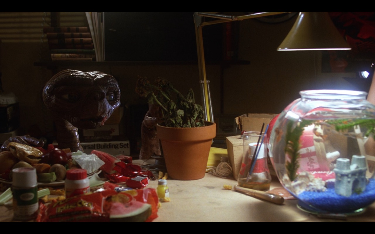 Reese's Pieces (The Hershey Company) – E.T. the Extra-Terrestrial (1982) Movie Product Placement