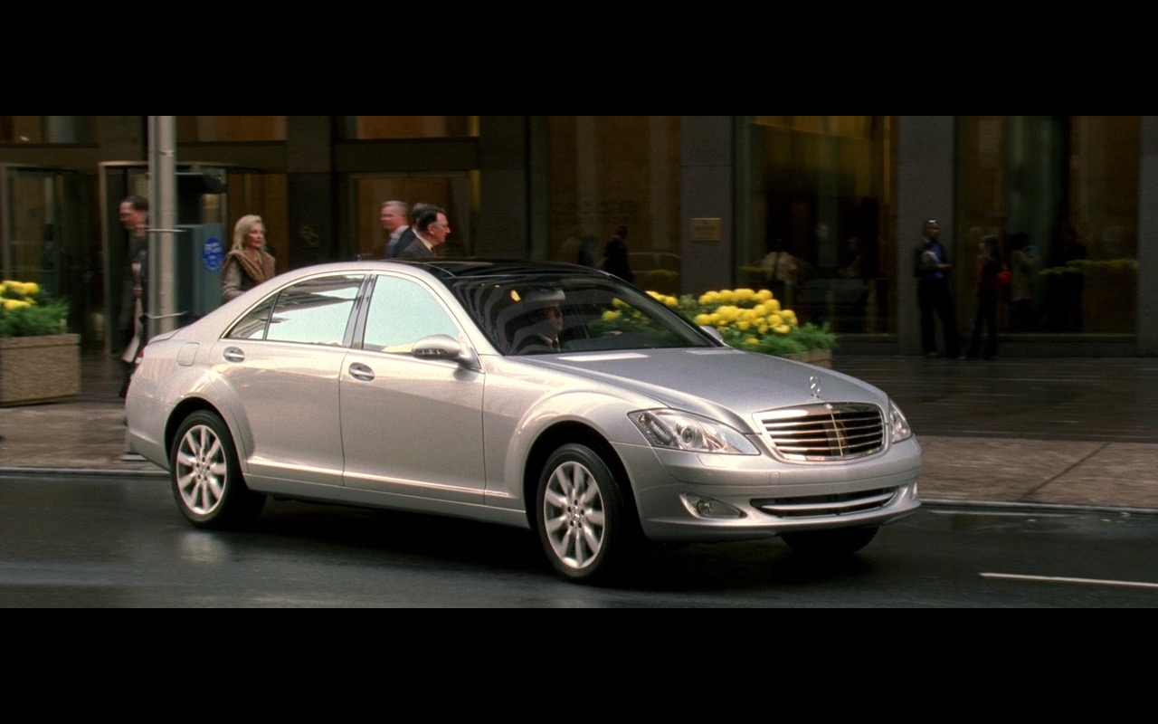 Silver Mercedes-Benz S500 - The Devil Wears Prada (2006) - Movie Product Placement