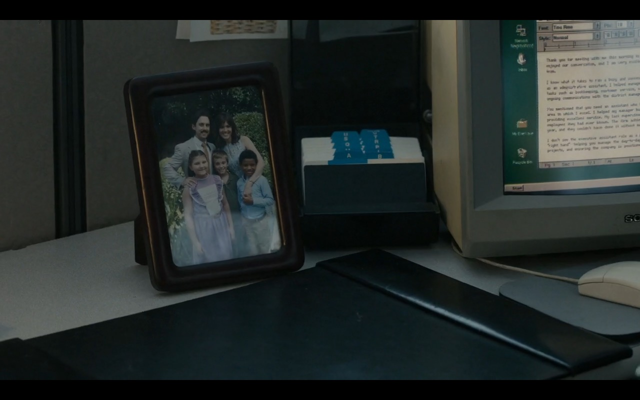 Sony Computer - This Is Us TV Show Product Placement