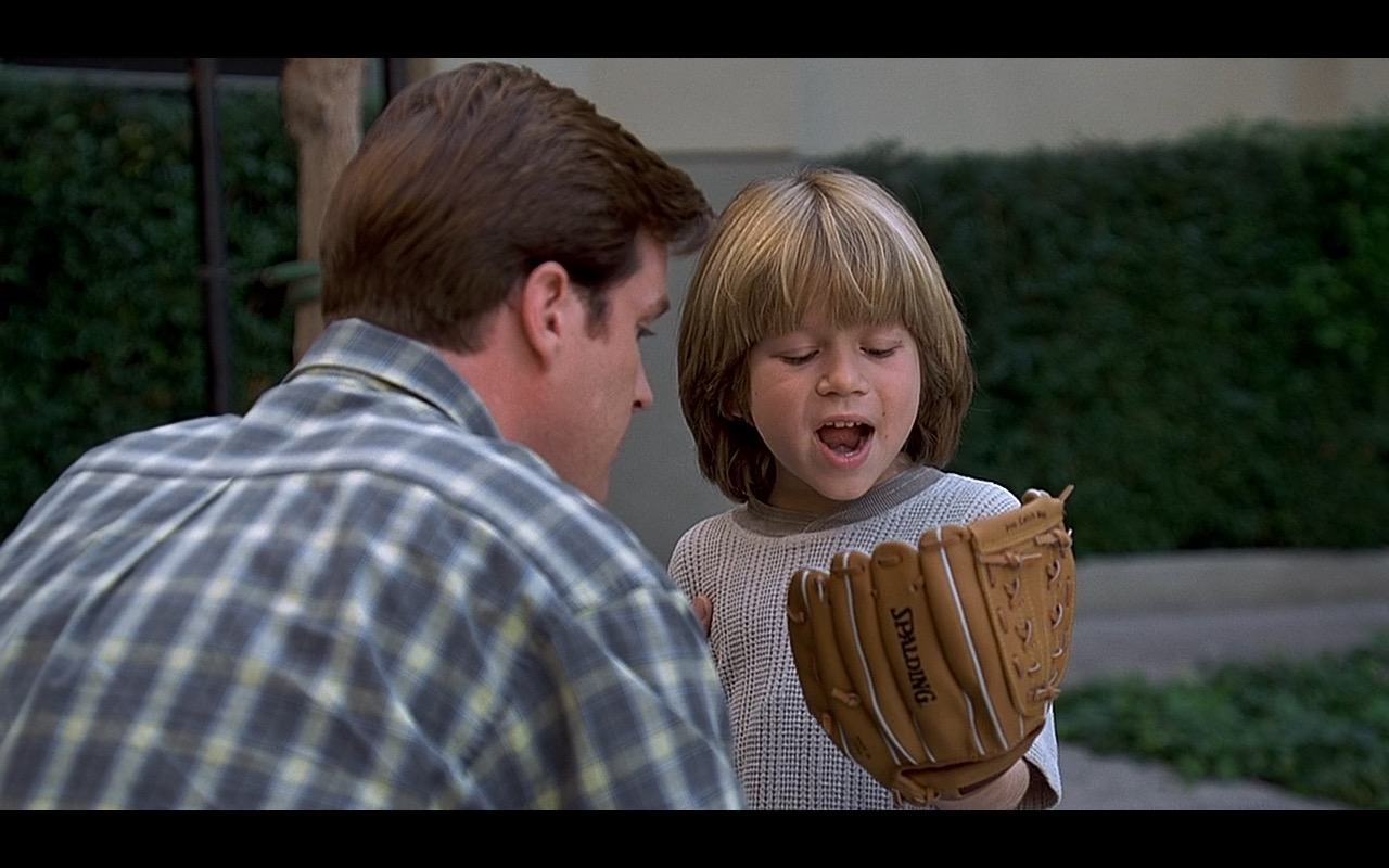Spalding Baseball Gloves - Liar Liar (1997) Movie Product Placement