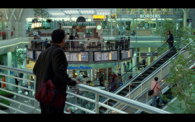 Starbucks, Borders and Hudson News – The Terminal (2004)