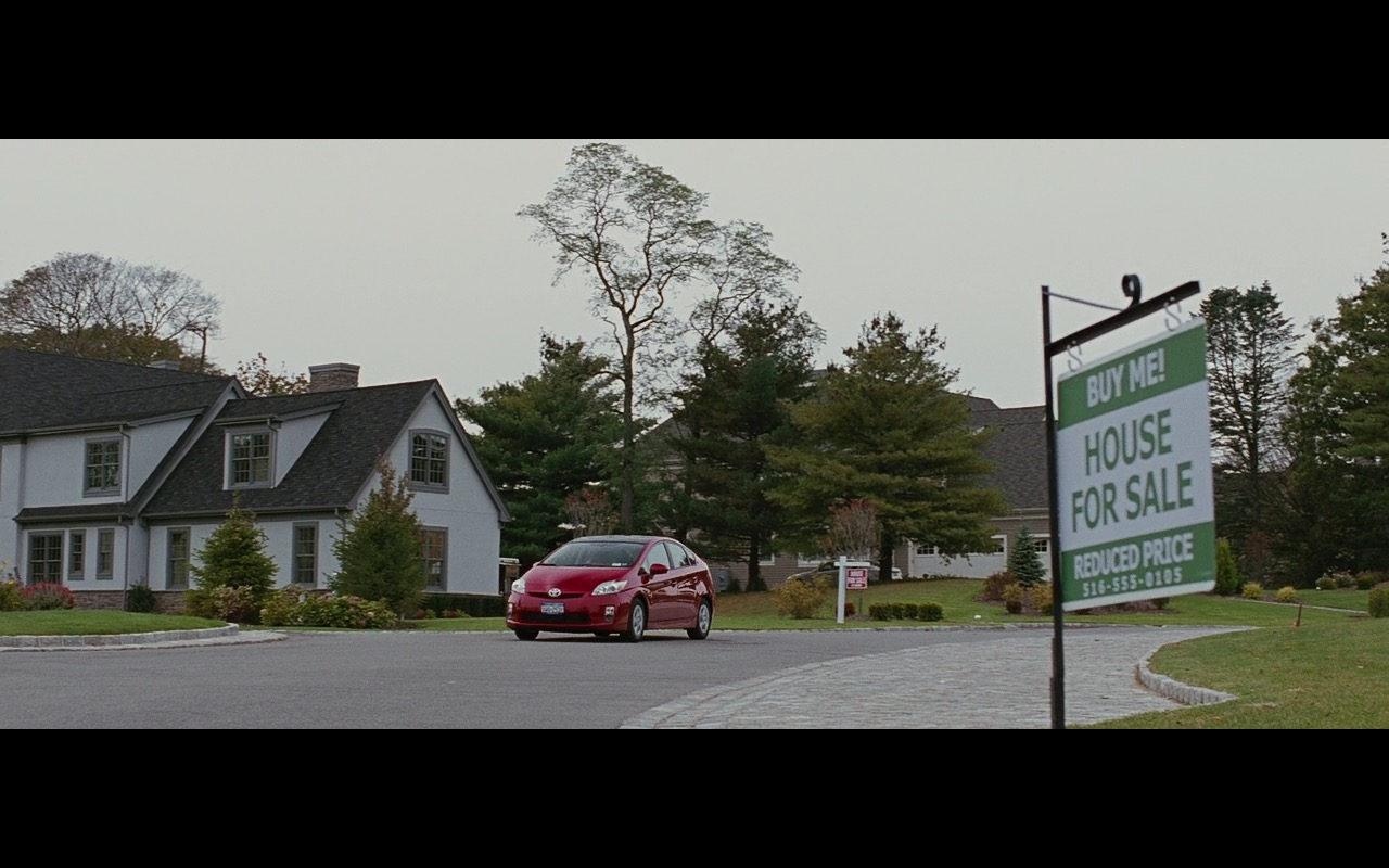 Toyota Prius Car - Wall Street: Money Never Sleeps (2010) Movie Product Placement