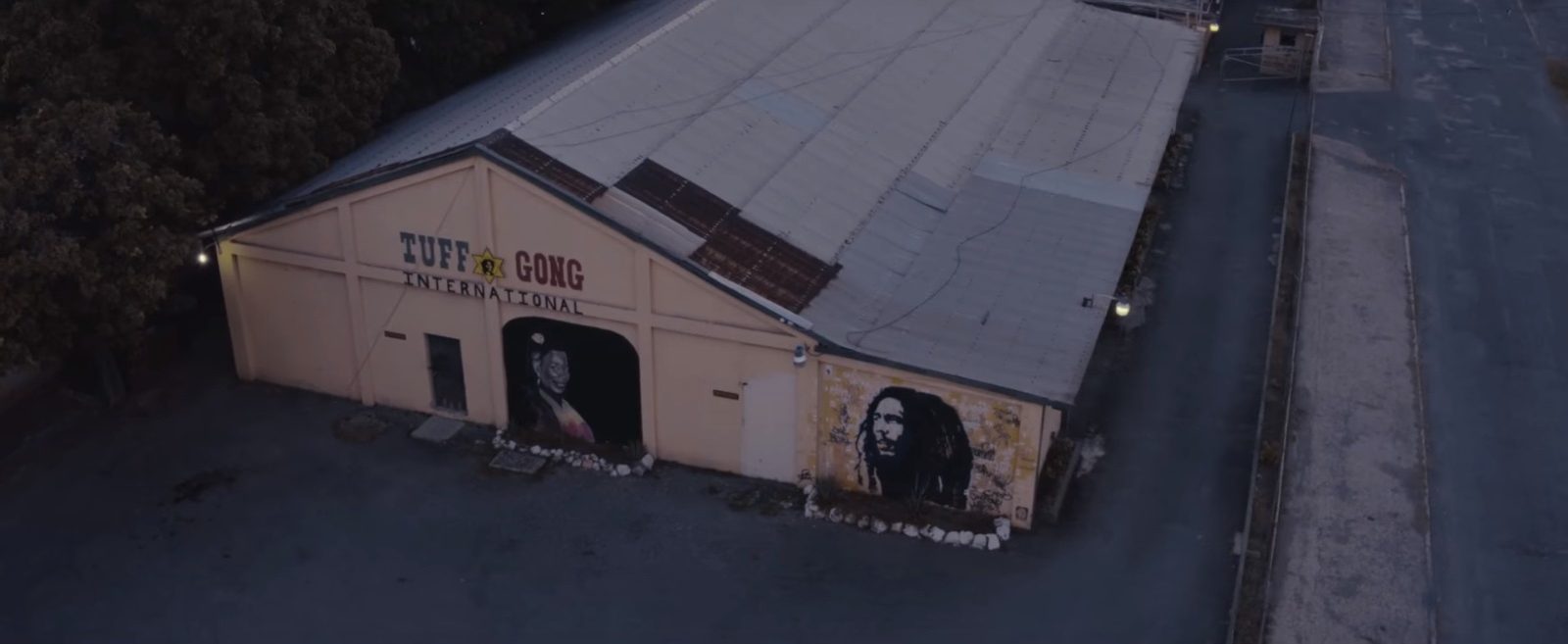 Tuff Gong International – JAY-Z ft. Damian Marley - Bam - Official Music Video Product Placement