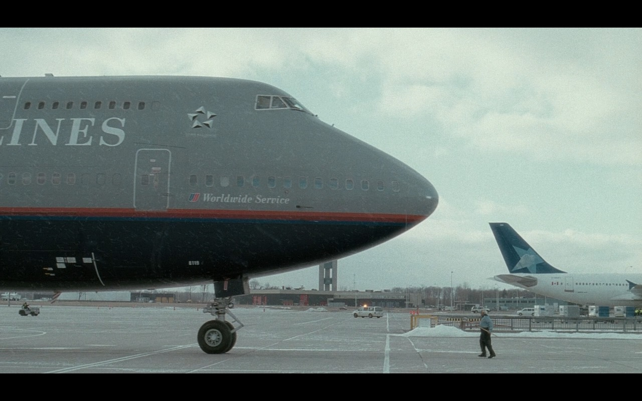 United Airlines – The Terminal (2004) Movie Product Placement