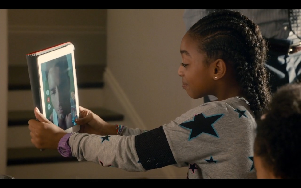 iPad And FaceTime - This Is Us TV Show Product Placement