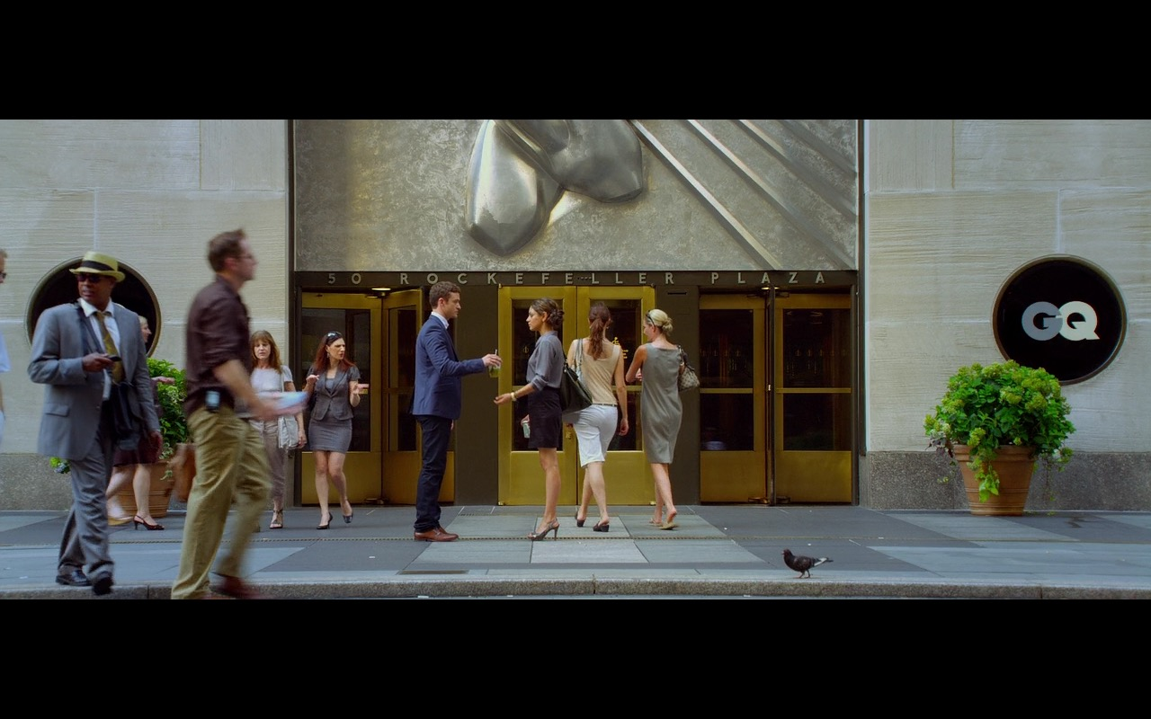 50 Rockefeller Plaza - Friends with Benefits (2011) Movie Product Placement