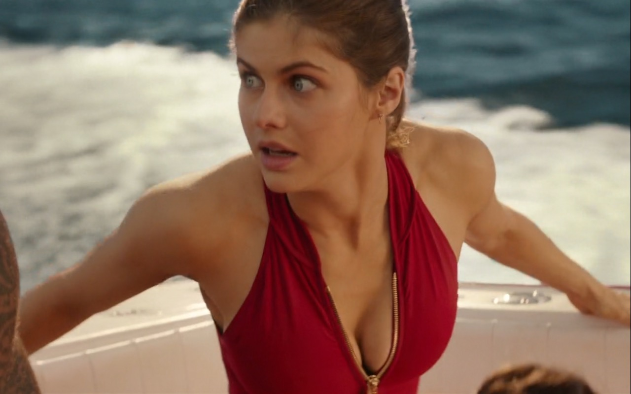 Alexandra Daddario and Under Armour – Baywatch (2017) Movie Product Placement