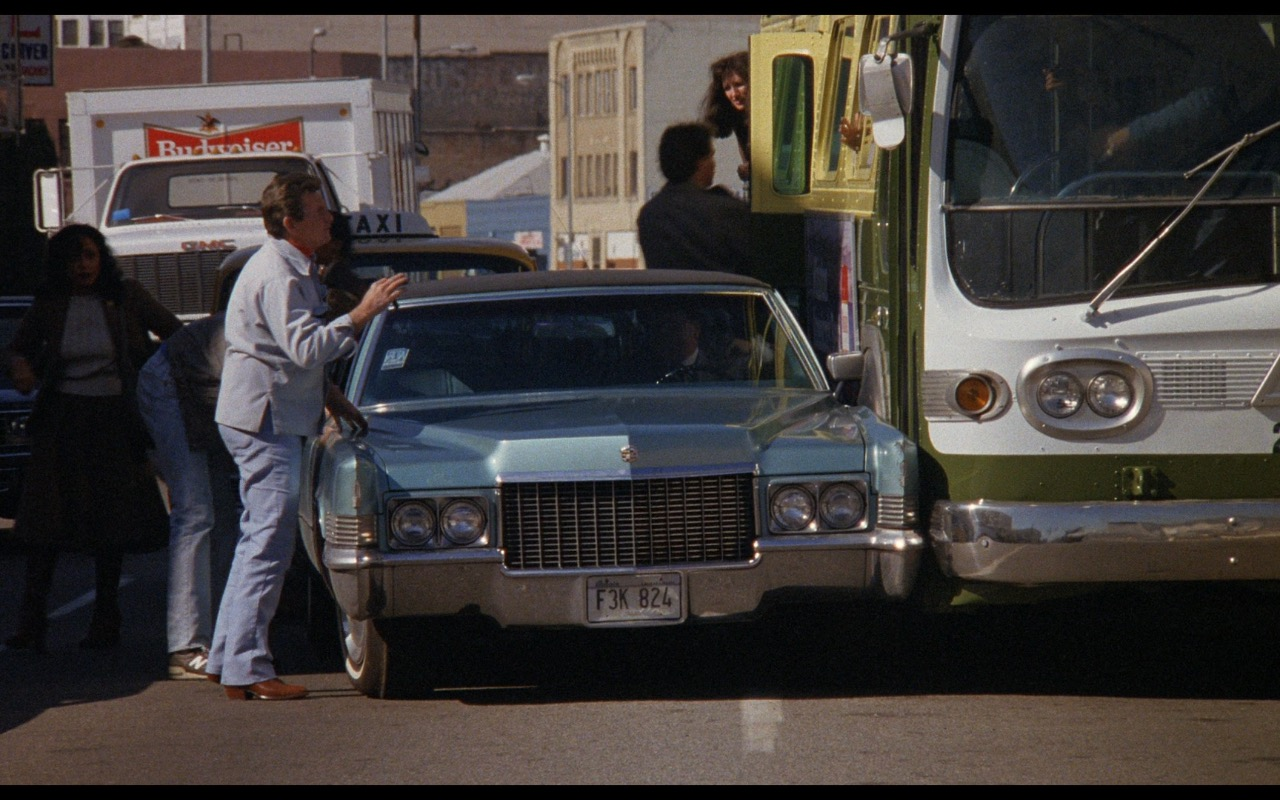 Budweiser Truck – Nothing in Common (1986) - Movie Product Placement