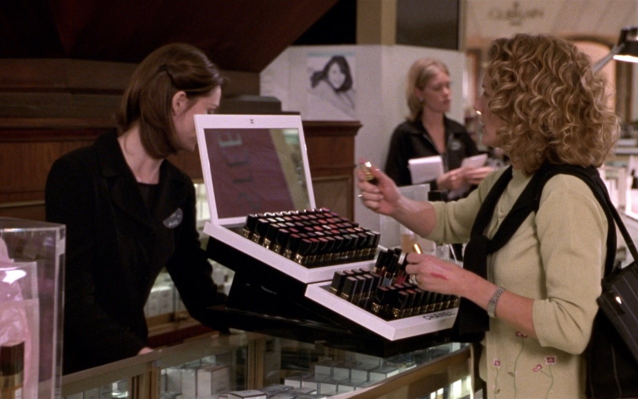 Chanel Cosmetics - What Women Want (2000) Movie Product Placement