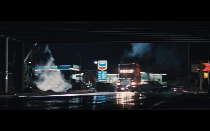 Chevron Gas Station – Thelma & Louise (1)