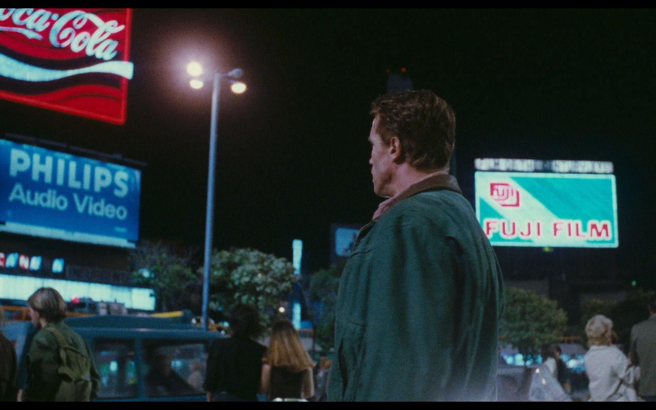 Coca-Cola, Philips & Fujifilm - Total Recall (1990) Movie Product Placement