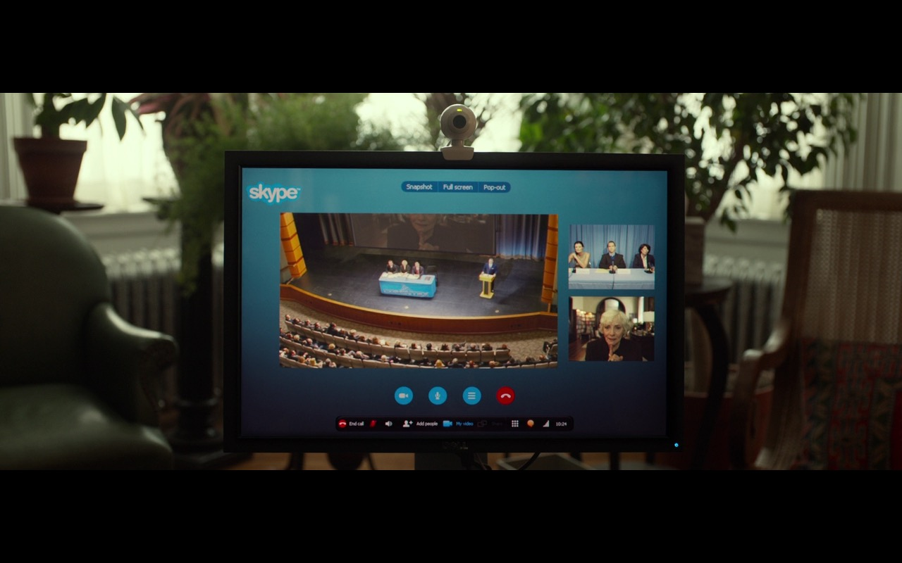 Dell Monitor And Skype - Split (2016) - Movie Product Placement