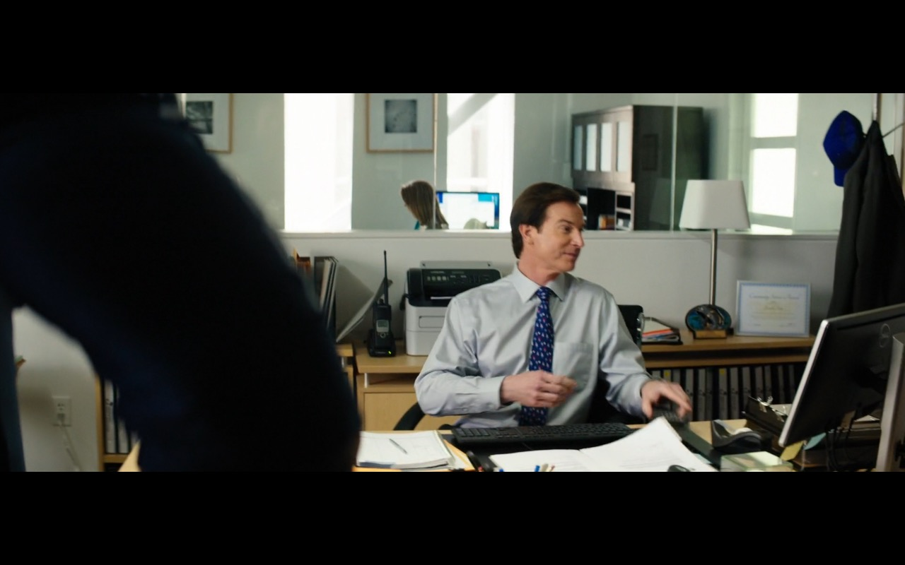 Dell Monitor - Baywatch (2017) - Movie Product Placement