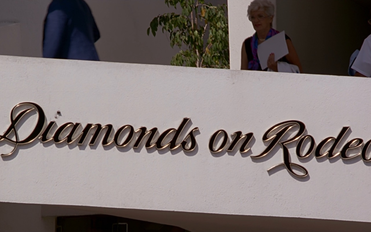 Diamonds on Rodeo Store Sign – Pretty Woman (1990) Movie Product Placement