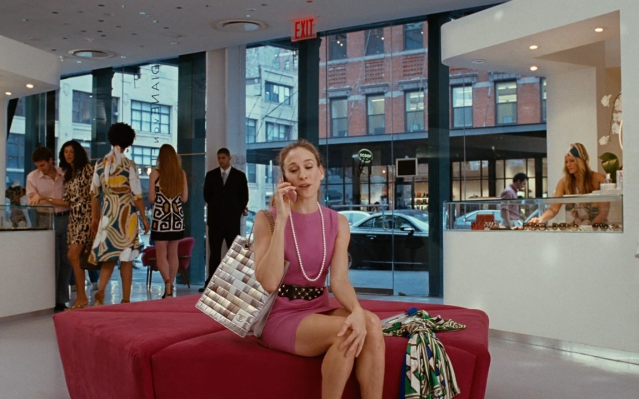 Diane Von Furstenberg Store & Chanel Bag – Sex and the City (2008) Movie Product Placement