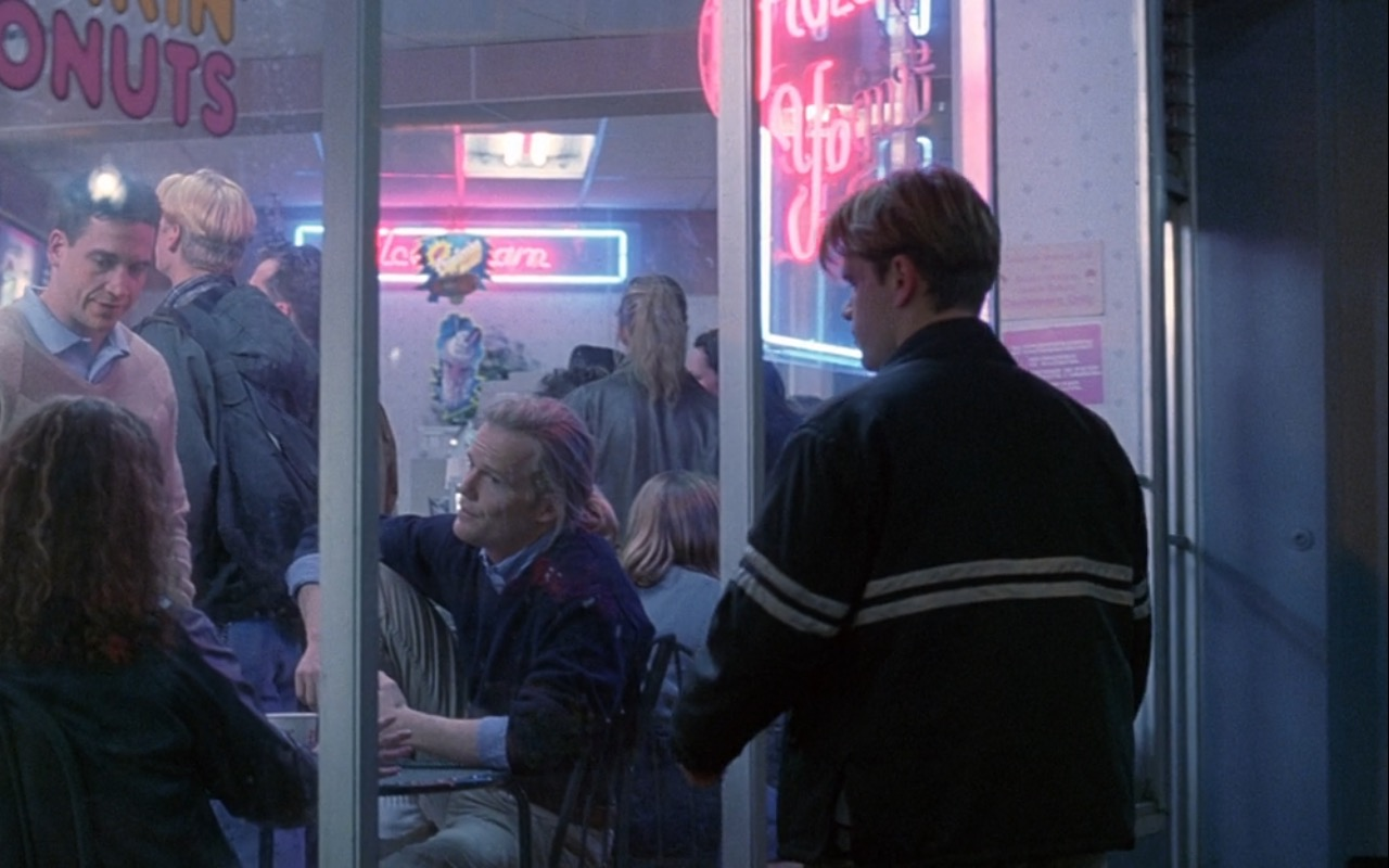 Dunkin' Donuts Coffeehouse - Good Will Hunting (1997) Movie Product Placement