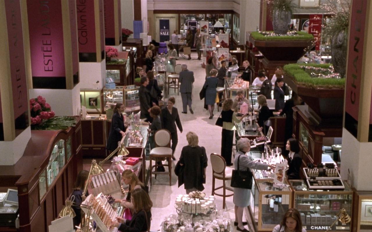 Estée Lauder, CK, Chanel – What Women Want (2000) Movie Product Placement