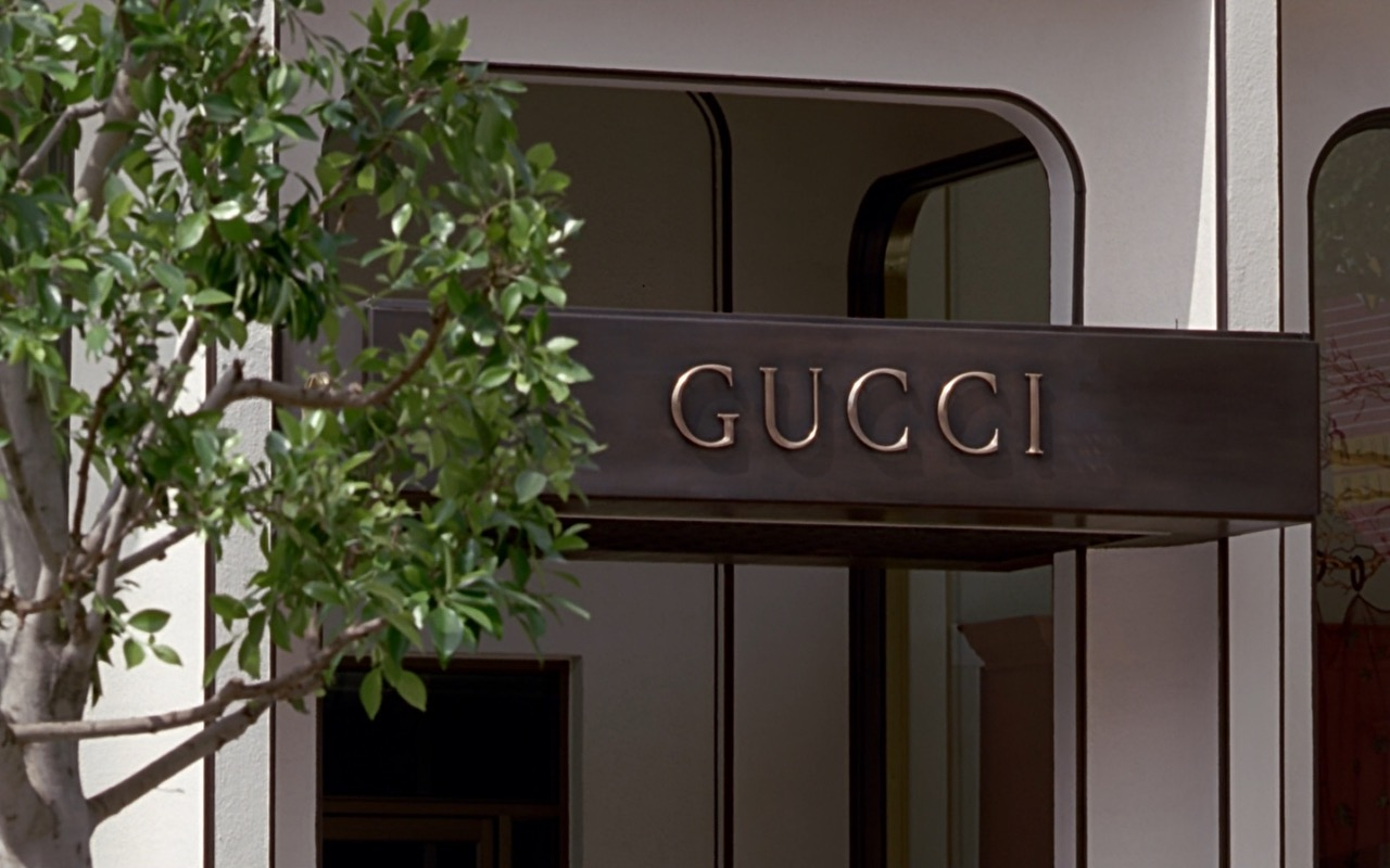 Gucci Store Sign – Pretty Woman (1990) Movie Product Placement