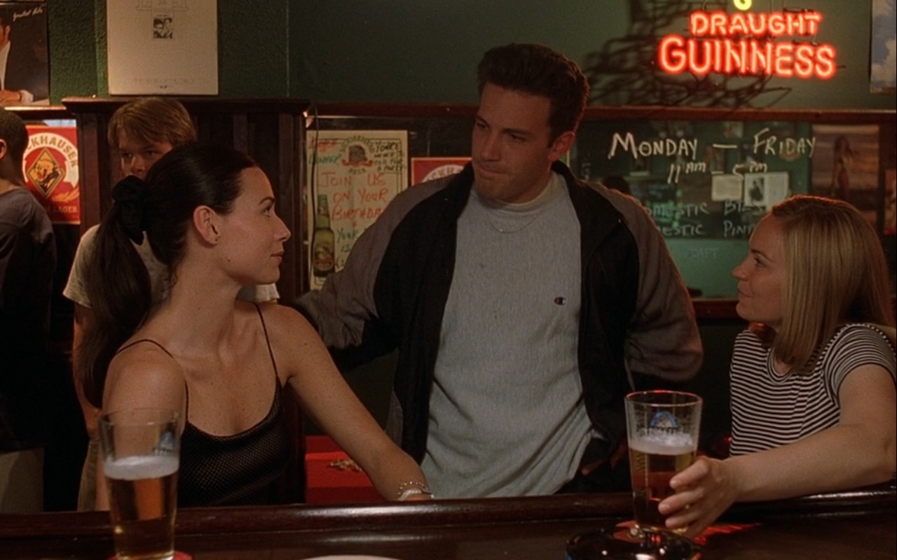 Guinness Draught Neon Signs – Good Will Hunting (1997) Movie Product Placement