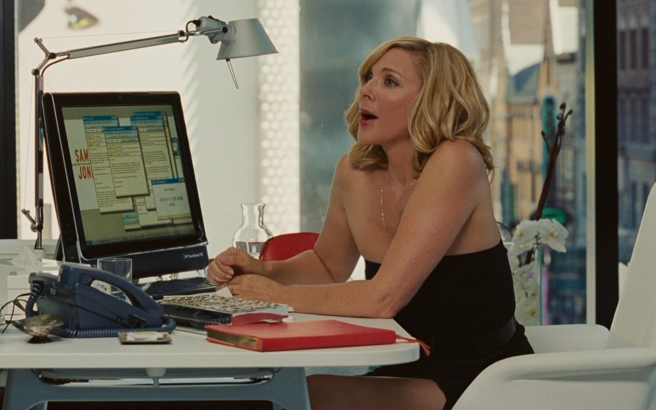 HP TouchSmart PC - Sex and the City 2 (2010) Movie Product Placement