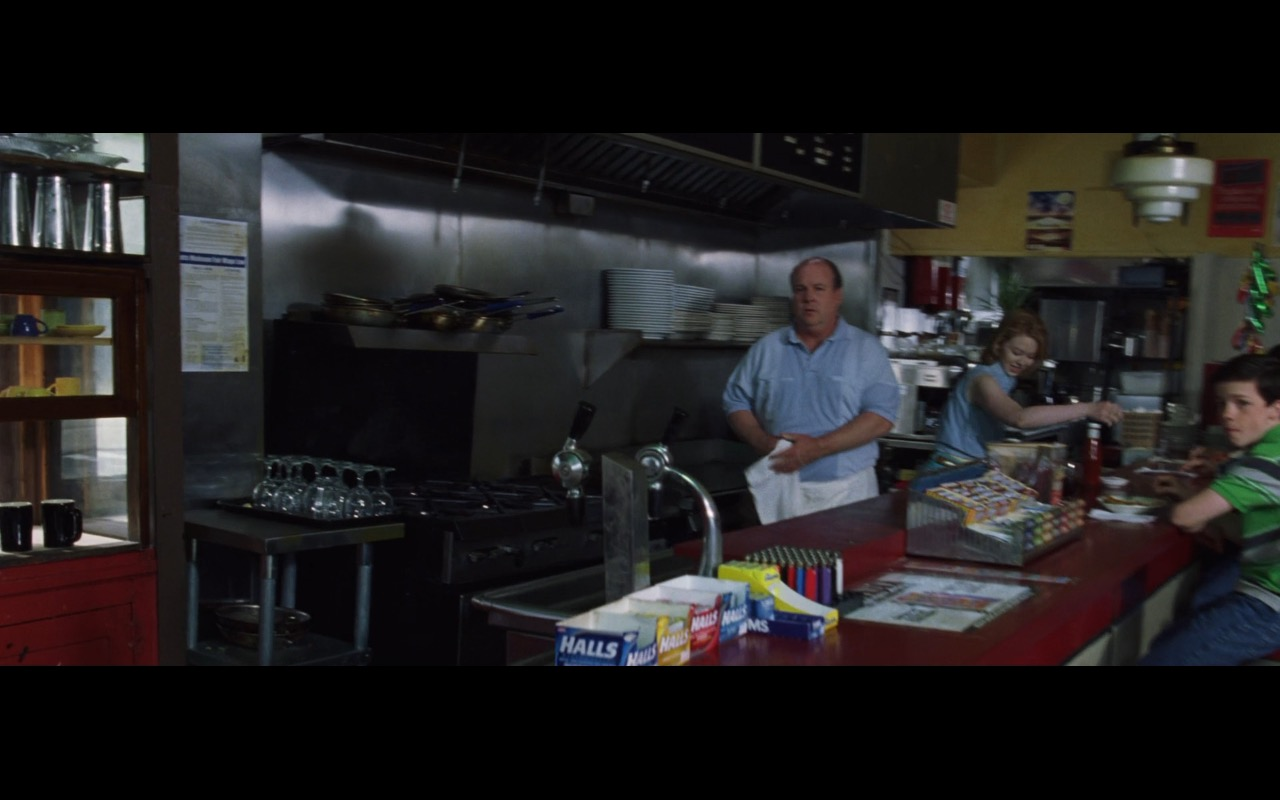 Halls mentholated cough drops – The Departed (2006) Movie Product Placement