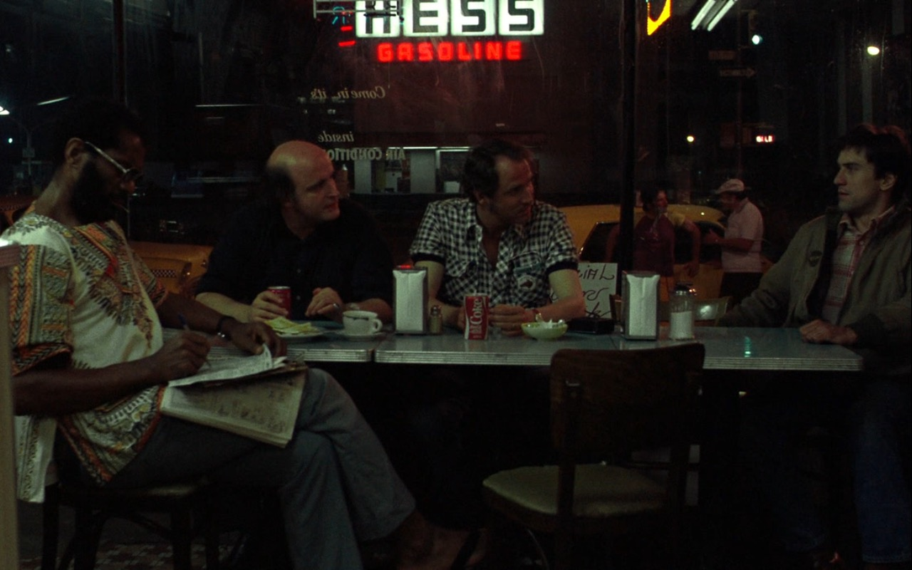 Hess Gasoline Neon Sign and Coca-Cola – Taxi Driver (1976) Movie Product Placement