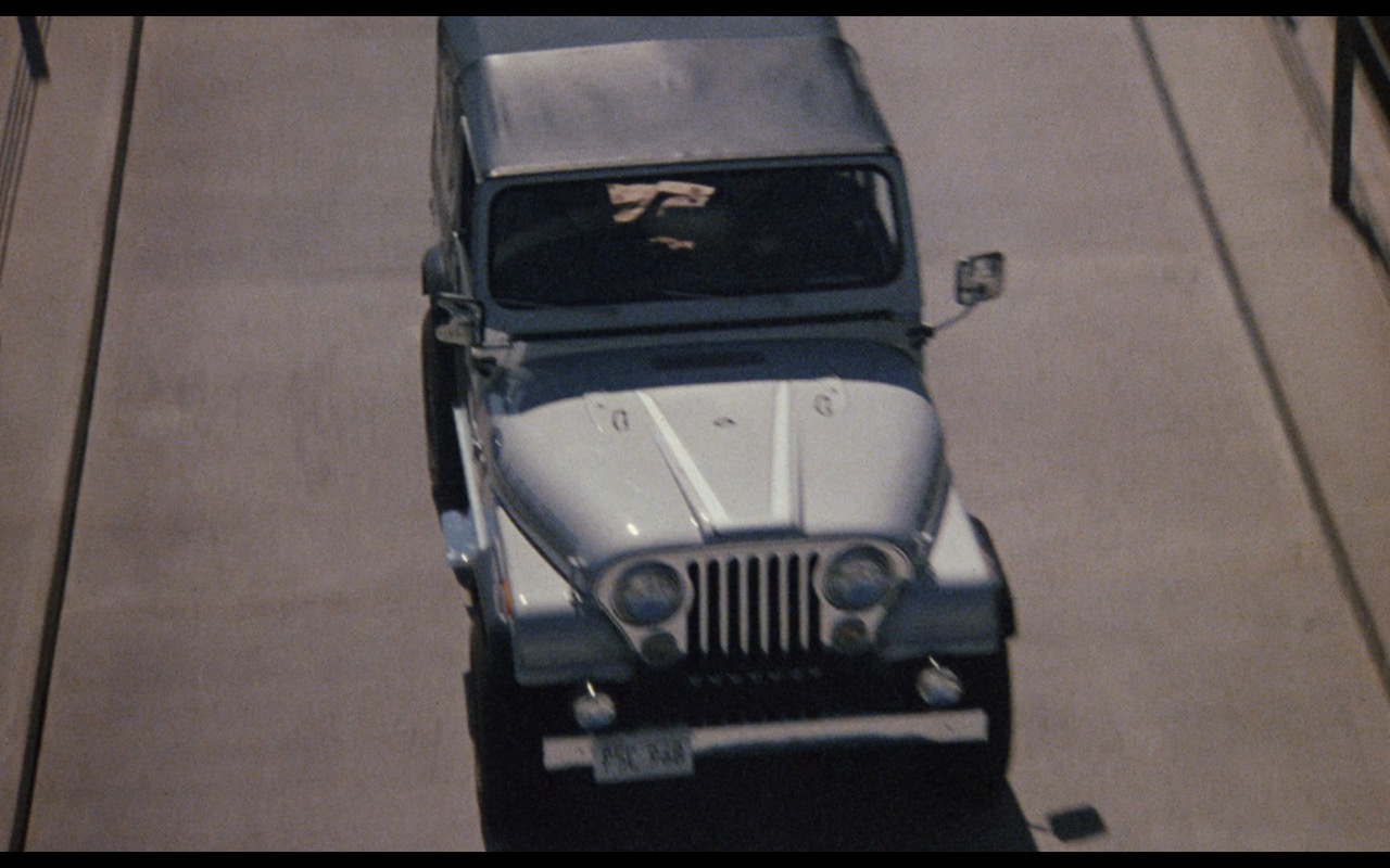 Jeep CJ-7 Laredo Car - Nothing in Common (1986) Movie Product Placement