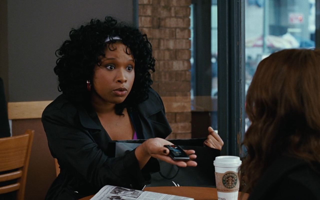 LG Mobile Phone and Starbucks – Sex and the City (2008) Movie Product Placement