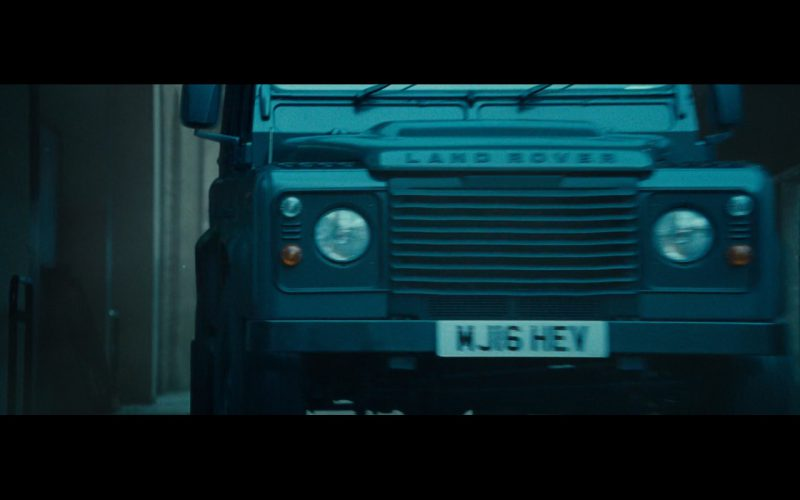 Land-Rover Defender Cars – The Mummy 2017 (1)