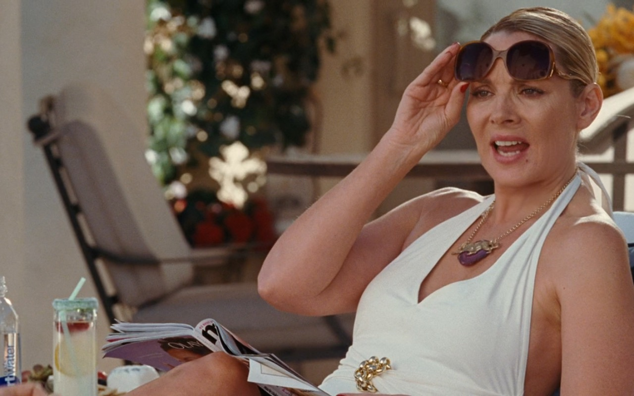 Louis Vuitton Thelma Sunglasses – Sex and the City (2008) Movie Product Placement