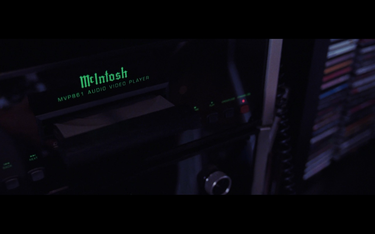 McIntosh Laboratory handcrafted high-end audio equipment – The Departed (2006) Movie Product Placement