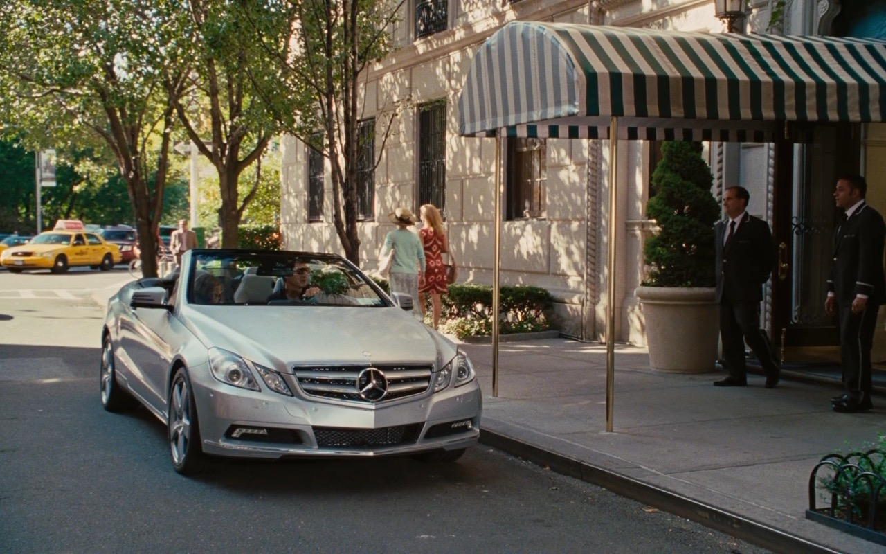 Mercedes-Benz E550 Cabriolet – Sex and the City 2 (2010) Movie Product Placement