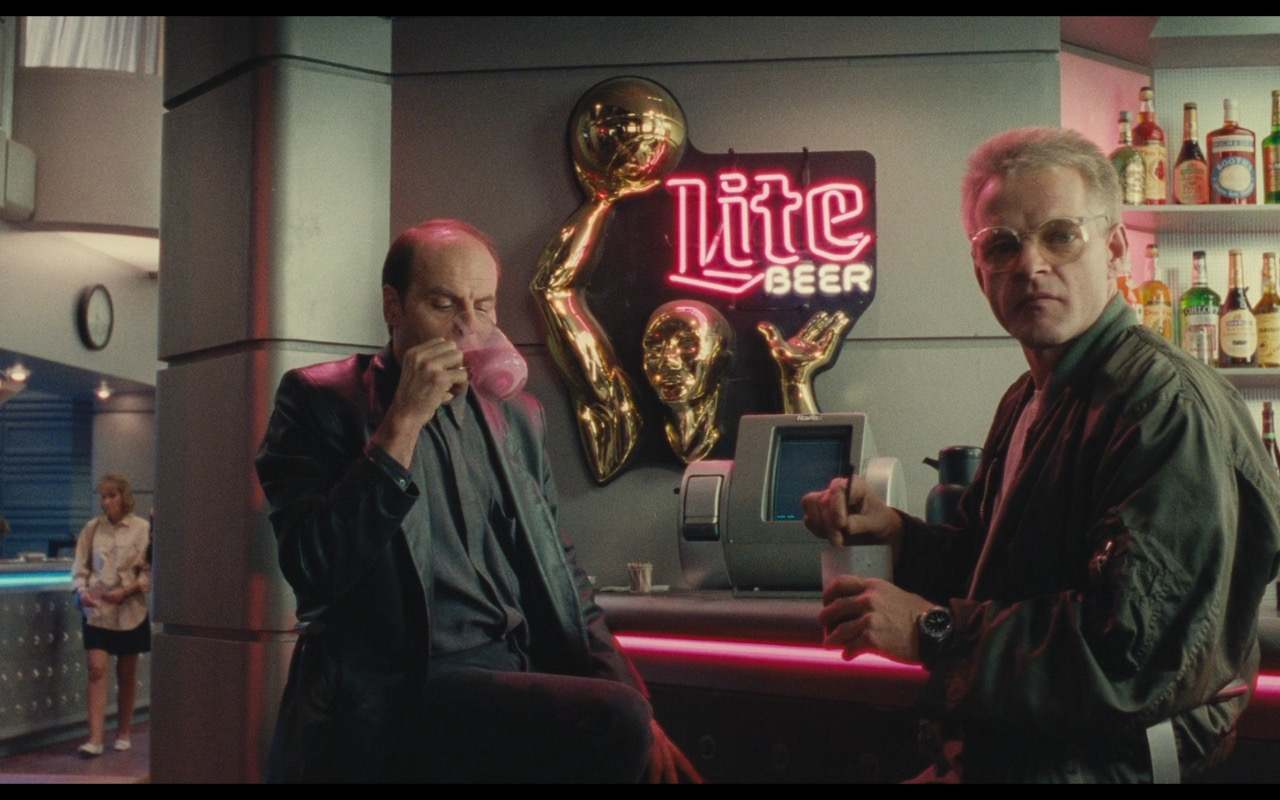 Miller Lite Beer Neon Signs – Total Recall (1990) Movie Product Placement
