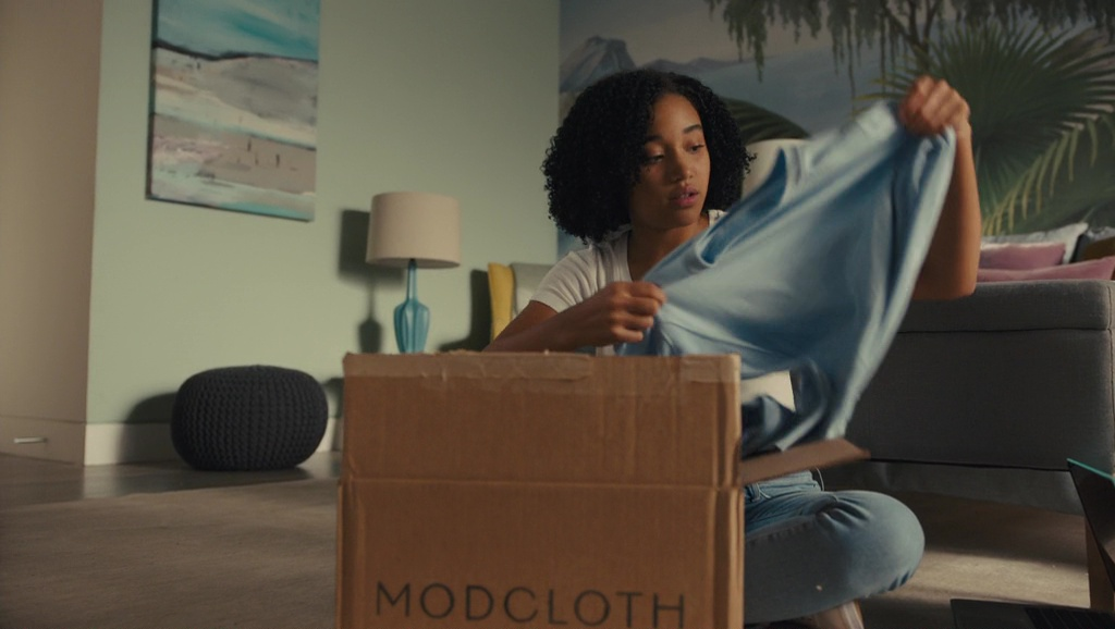 ModCloth Box - Everything, Everything (2017) - Movie Product Placement